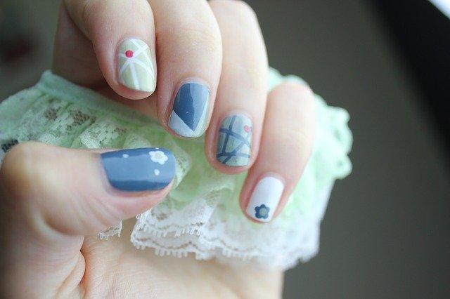Farbki akrylowe do paznokci