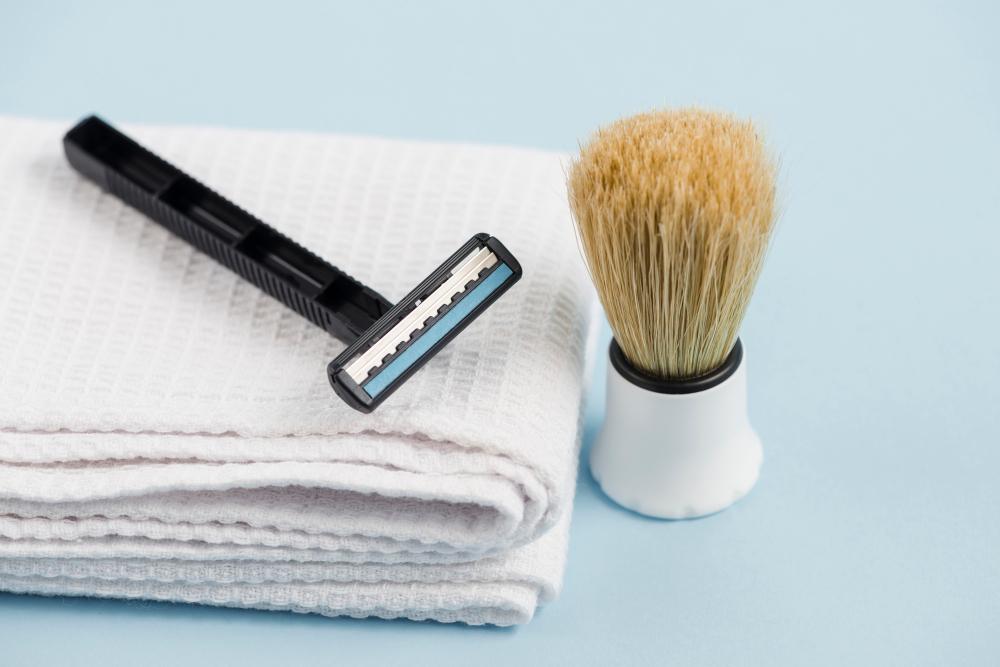 Elegancki stojak na pędzel do golenia