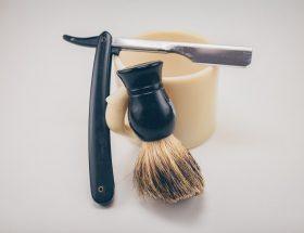 Stojak na pędzel do golenia