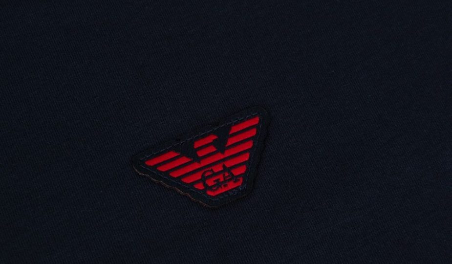 Granatowa koszulka Armani z długim rękawem